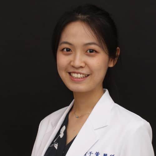 dr詹于萱醫師-瑞比牙醫