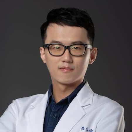 dr陳哲倫醫師-瑞比牙醫