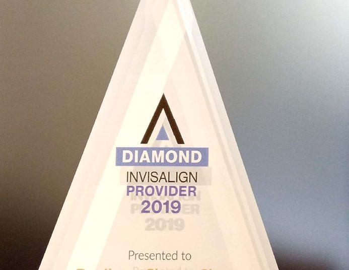 invisalign隱適美-2019年獎盃證書證書-張箭球醫師